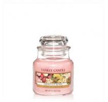 YANKEE CANDLE FRESH CUT ROSES